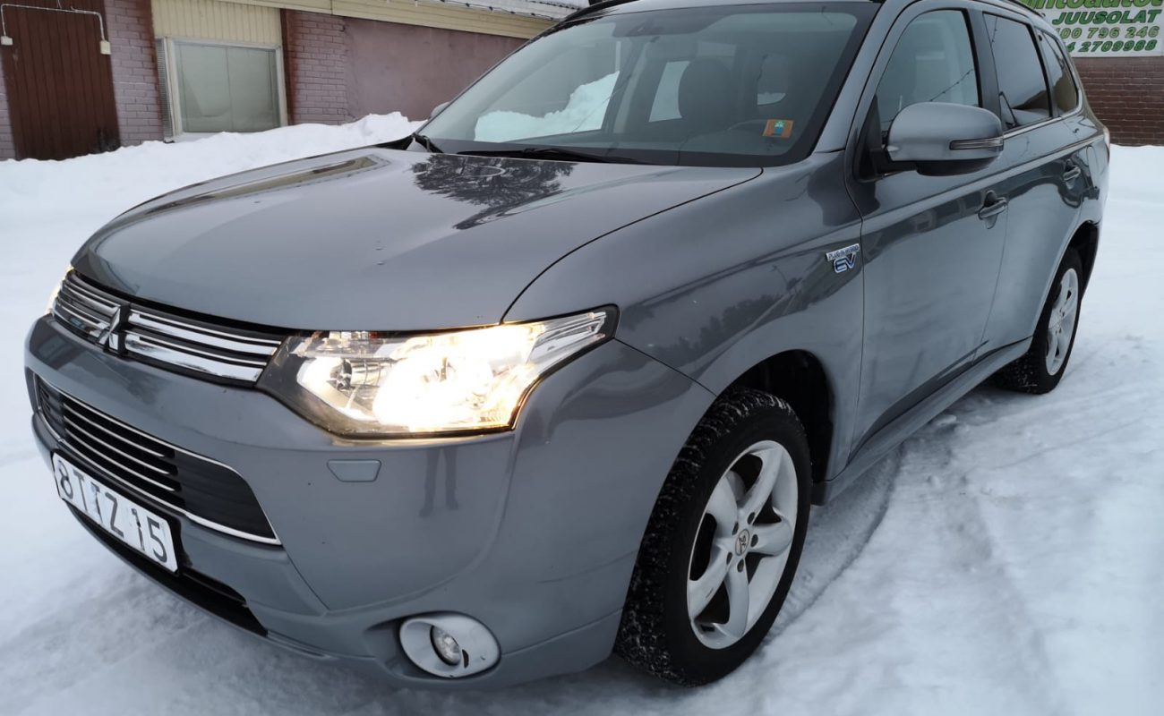 Mitsubishi Outlander Auto Juusolat Oy